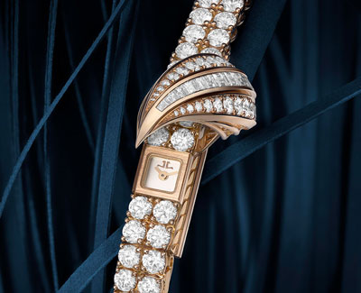 The Jaeger-LeCoultre Joaillerie 101 Reine and Joaillerie 101 Feuille